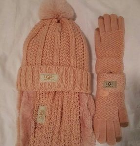 UGG. Pink 3 peace infinity scarf, Hat, Glove set